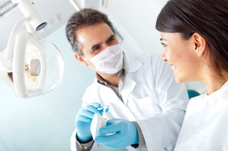 4-Dental-Implants-Related-Questions